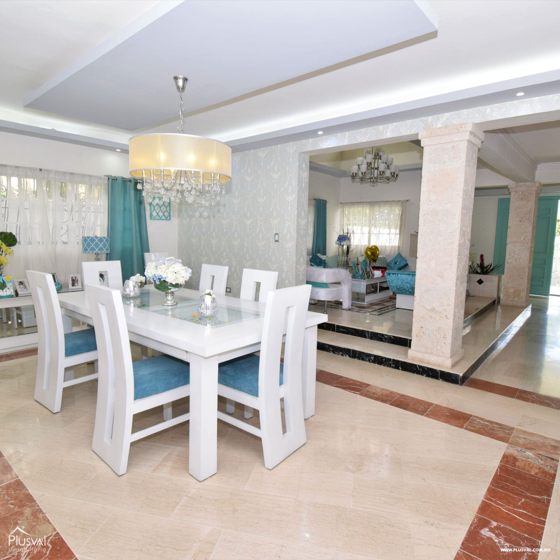Bella casa decorada acorde a los tiempos de hoy! en venta
