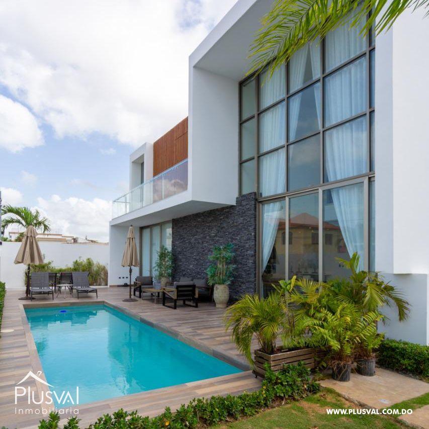 Casa en venta con piscina en Higüey 156599