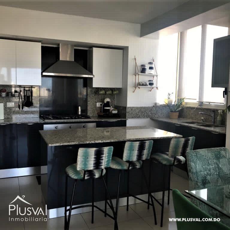 Apartamento en alquiler con LINEA BLANCA en Evaristo Morales 177997