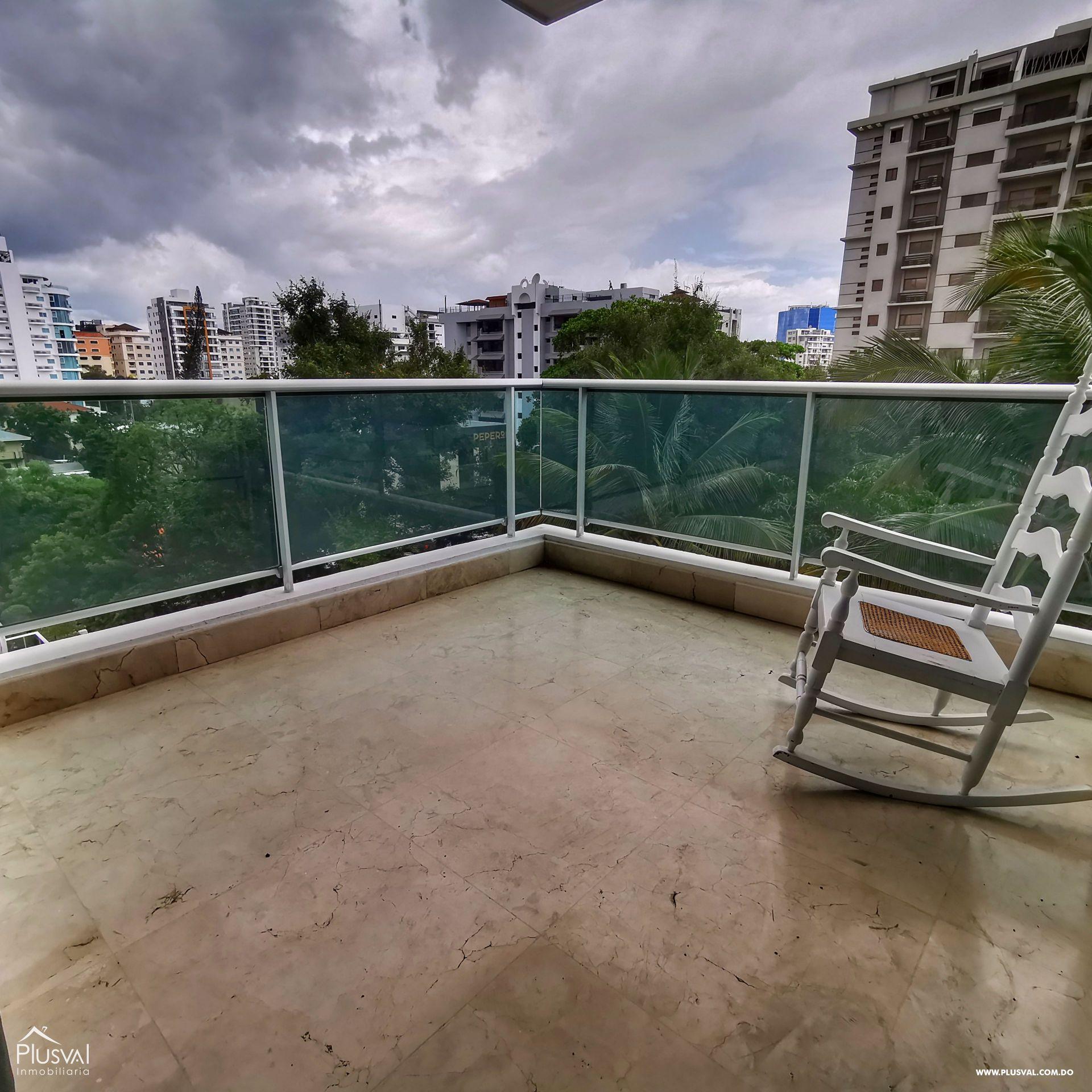 Venta Apartamento de Lujo en Piantini - 245 mts2 con Lobby, Piscina, Gym, spa