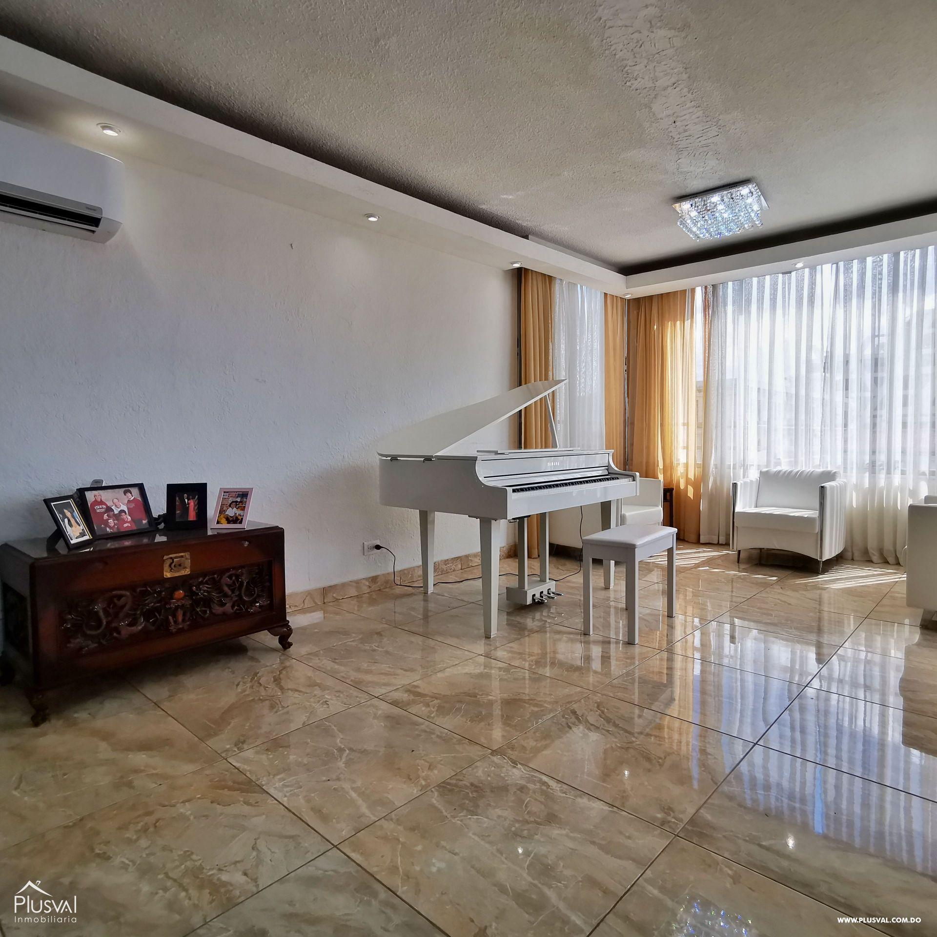Penthouse de Oportunidad en Piantini con las Mejores Areas Sociales de la Ciudad 162079