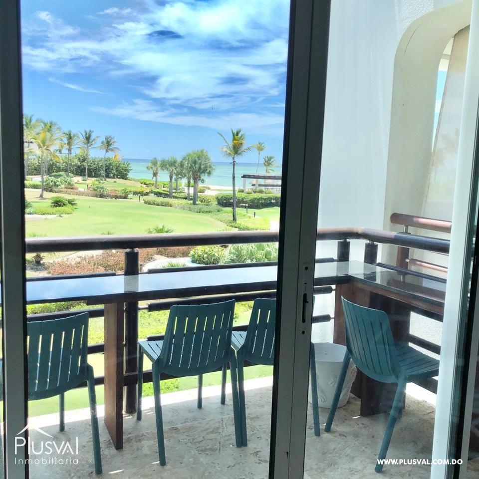 Apartamento en venta amueblado en primera linea de playa, Cap Cana