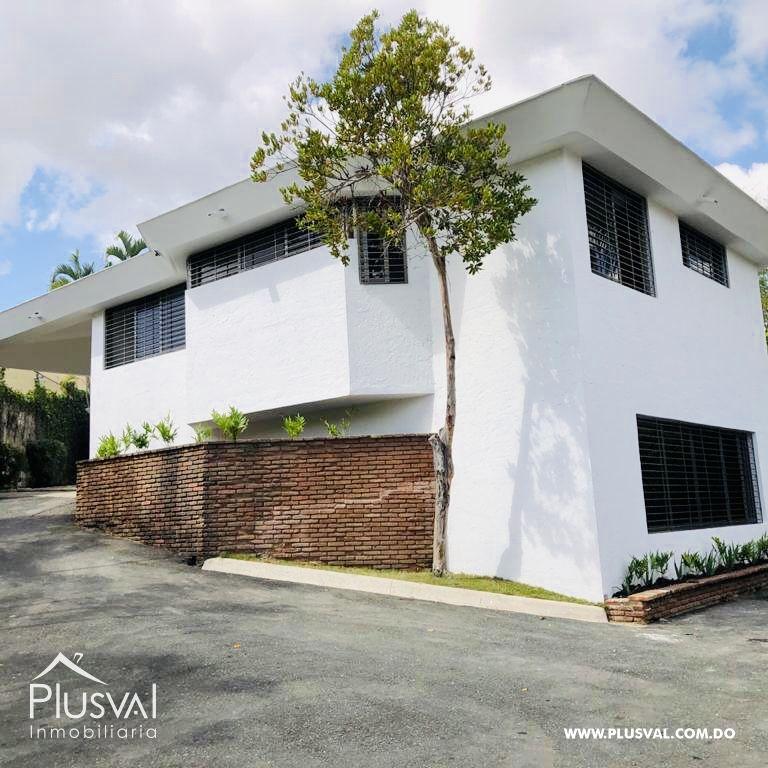 Hermosa casa en alquiler en zona residencial y exclusiva en Los Rios Arroyo Hondo