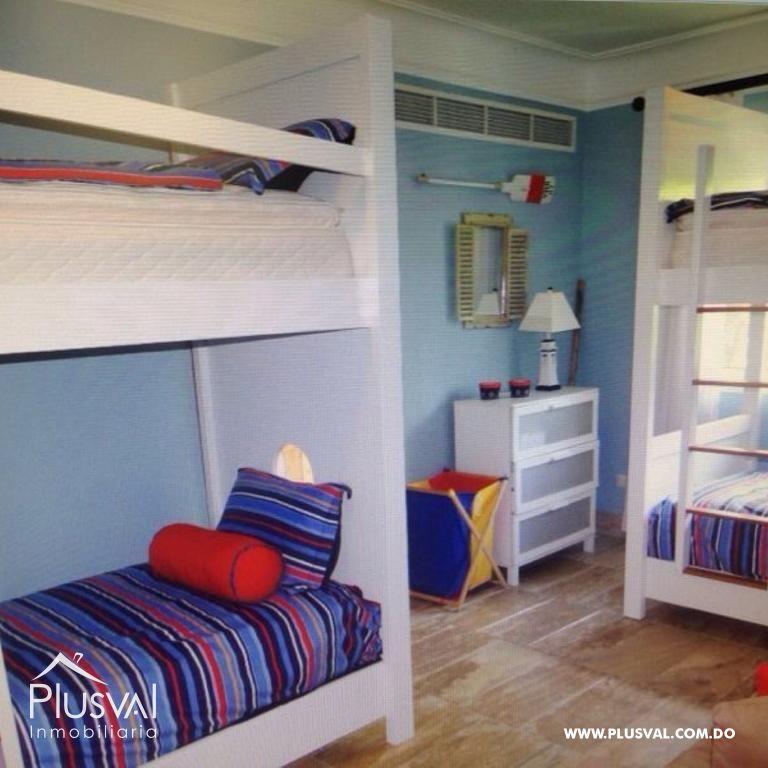 Amplio y luminoso apartamento, excelente ubicación en primera linea de playa con terraza y jacuzzi 176043