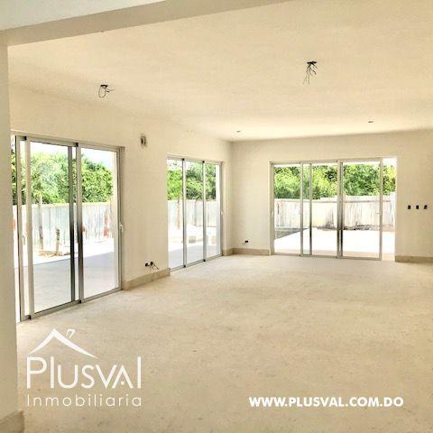 Casa en venta, en Puntacana Village de excelente distribución 157617