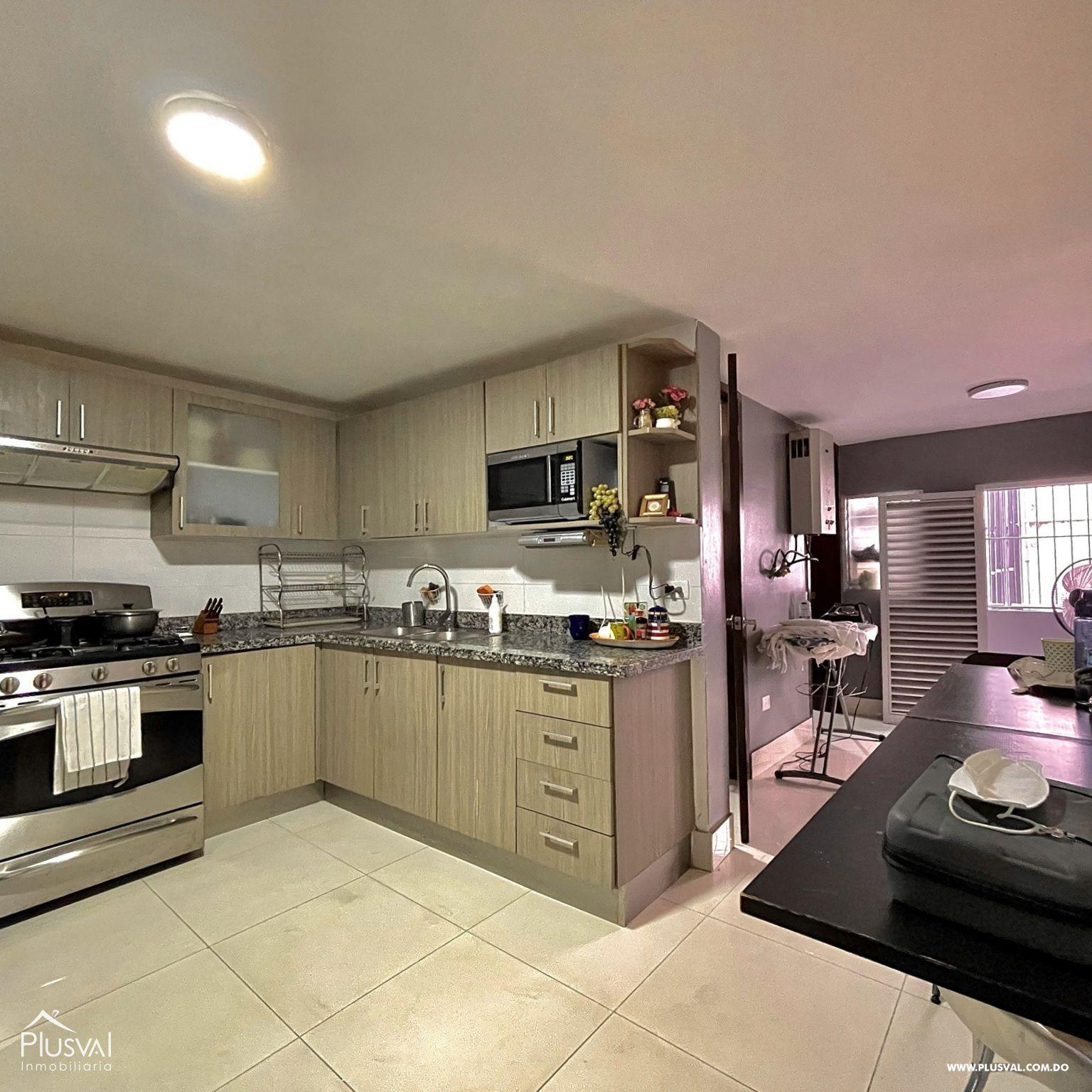 Apartamento Moderno con Terraza con Excelente Localización en Arroyo Hondo 188885
