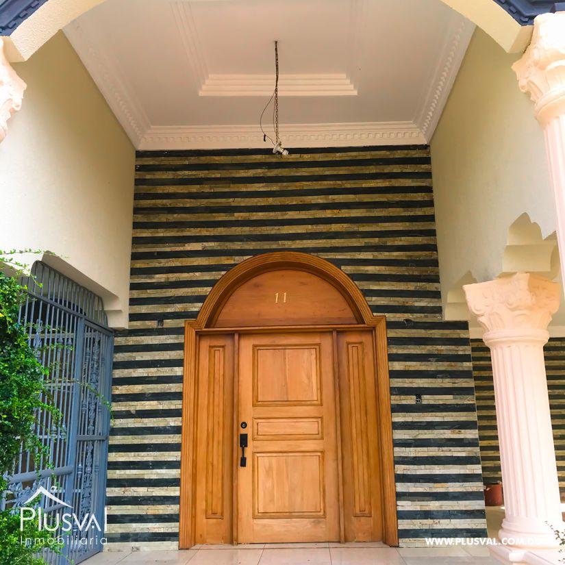 Venta de Hermosa casa con excelente distribucion en Residencial Rosa America