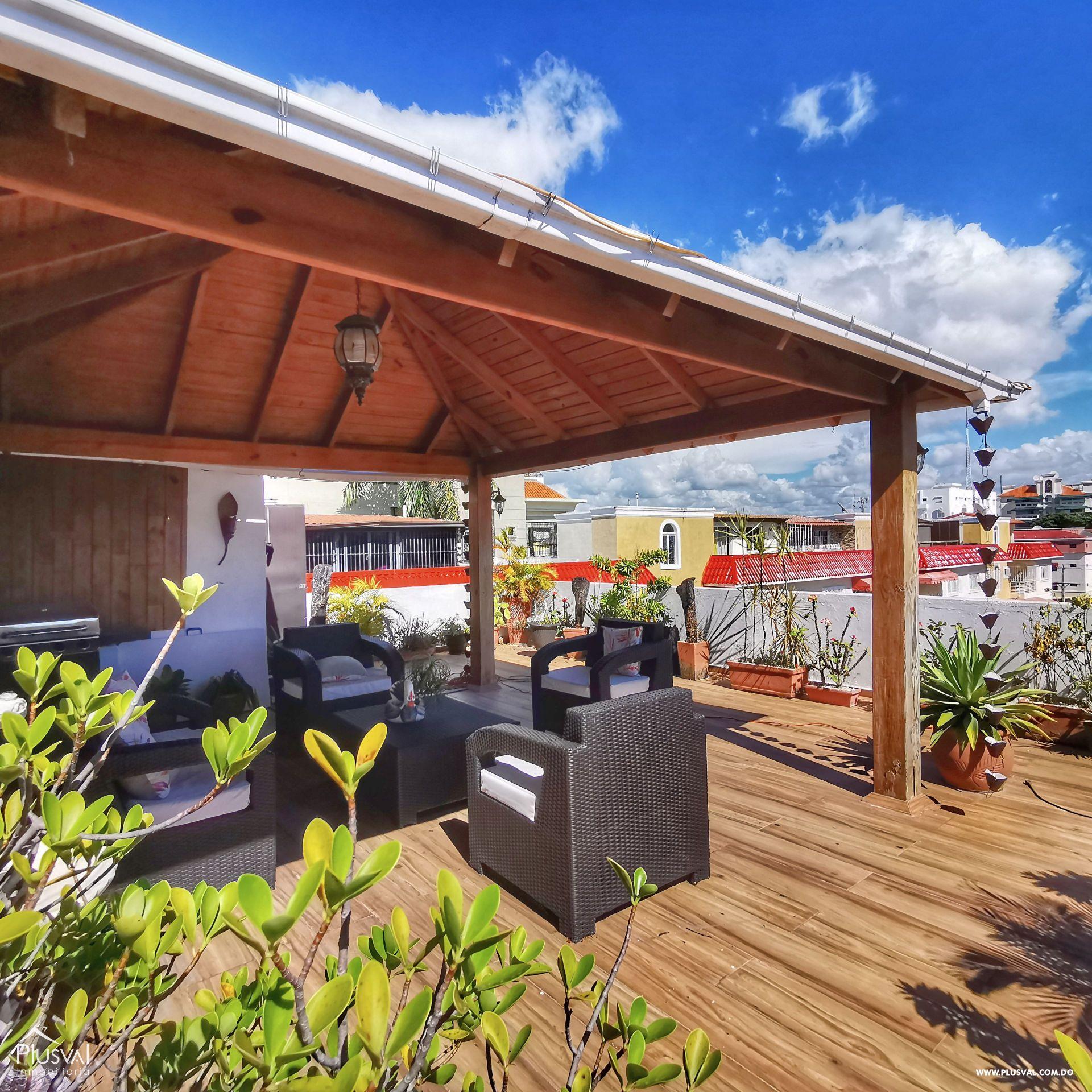 Apartamento con Terraza, Estar y Planta Full en Arroyo Hondo Viejo