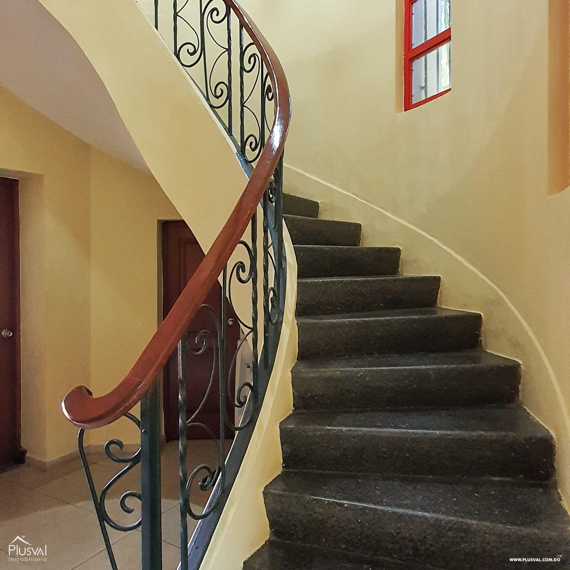 Alquiler edificio comercial 2 pisos en excelente zona Gazcue 165934