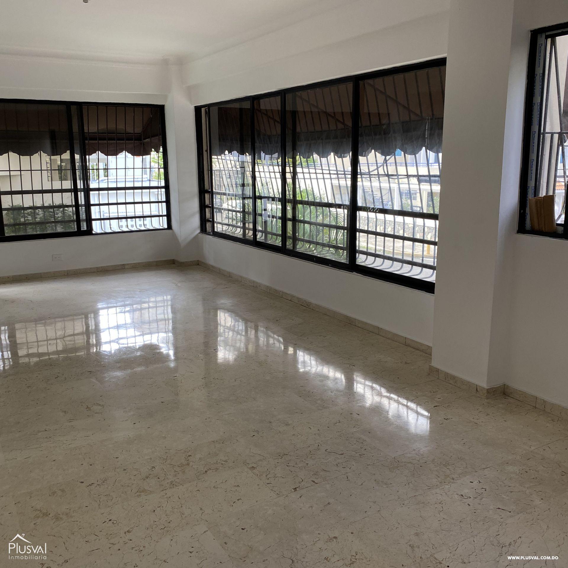 Apartamento venta en naco de amplios espacios
