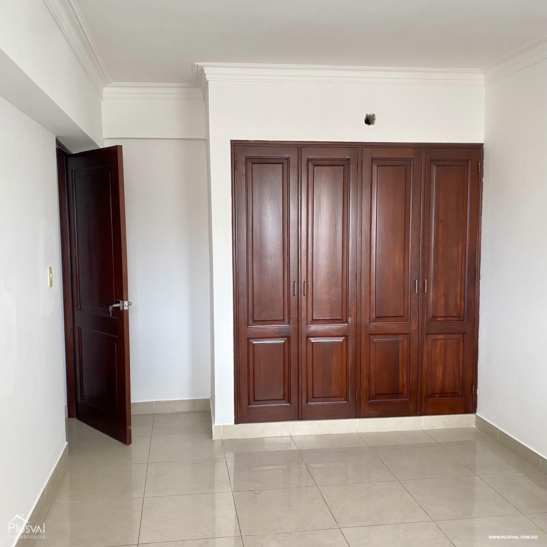 Amplio apartamento en alquiler en Piantini 188343