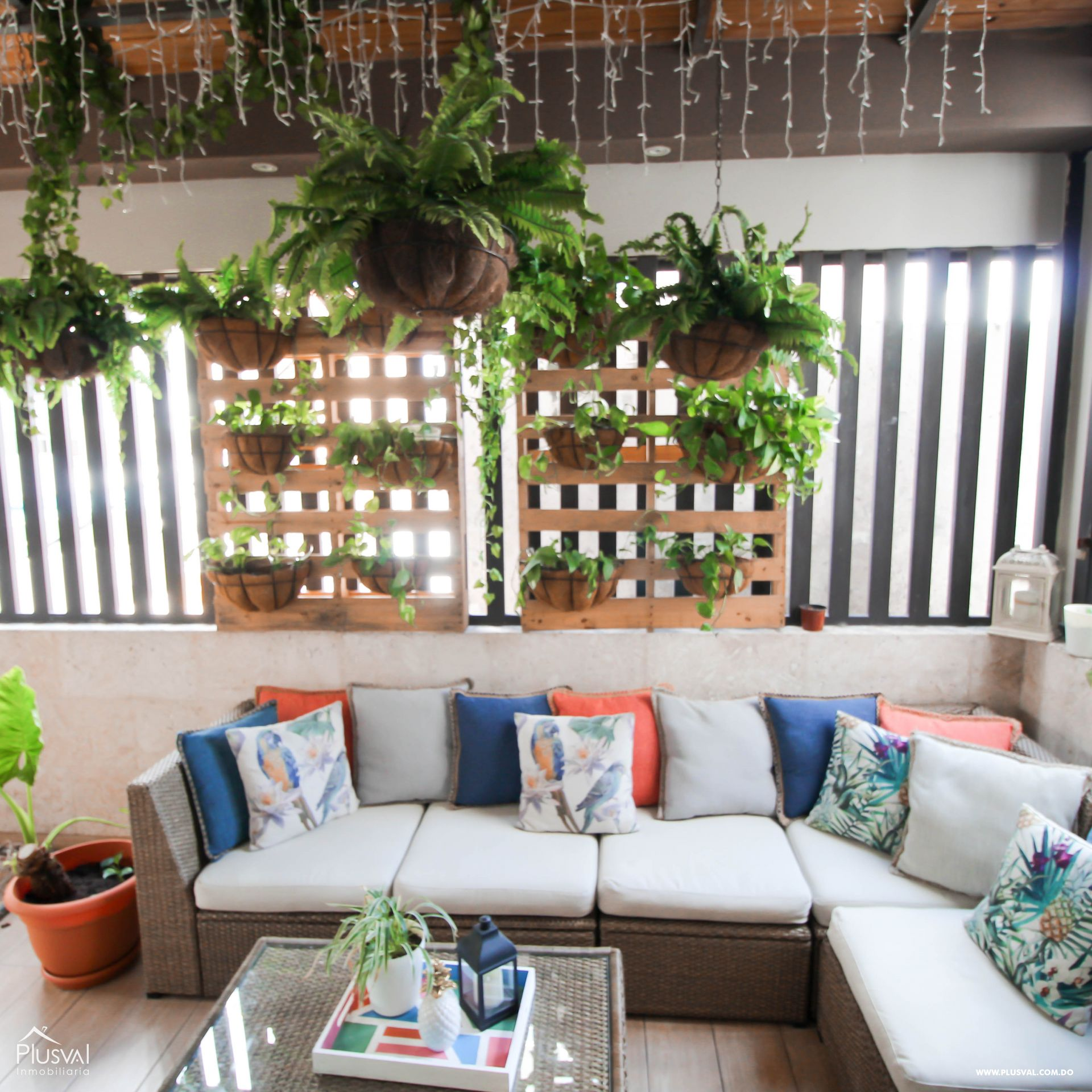 Apartamento en Venta con Terraza en Naco 157348