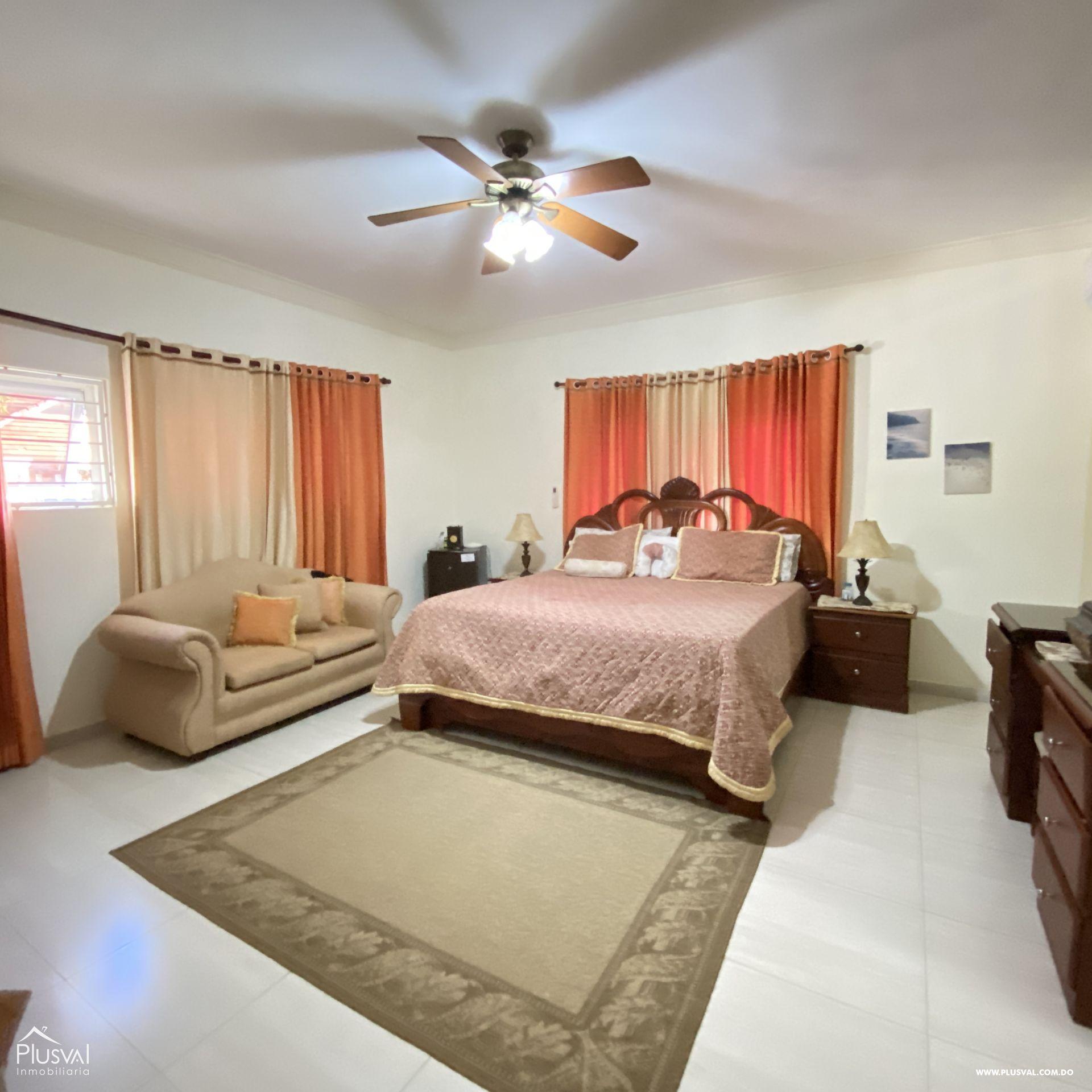Casa en venta, en Higüey 162126