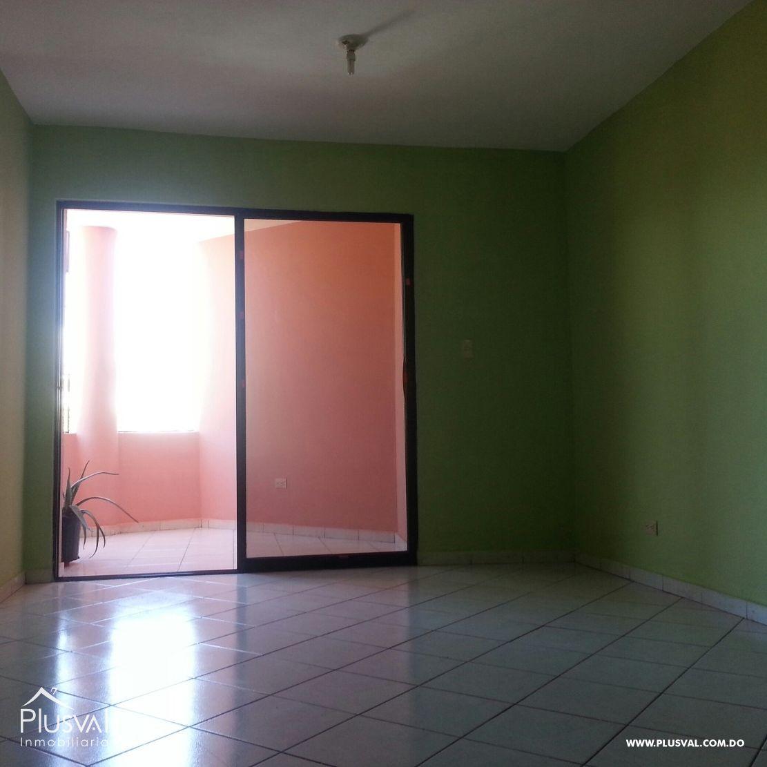 Amplio apartamento en venta, en Tropical del Este