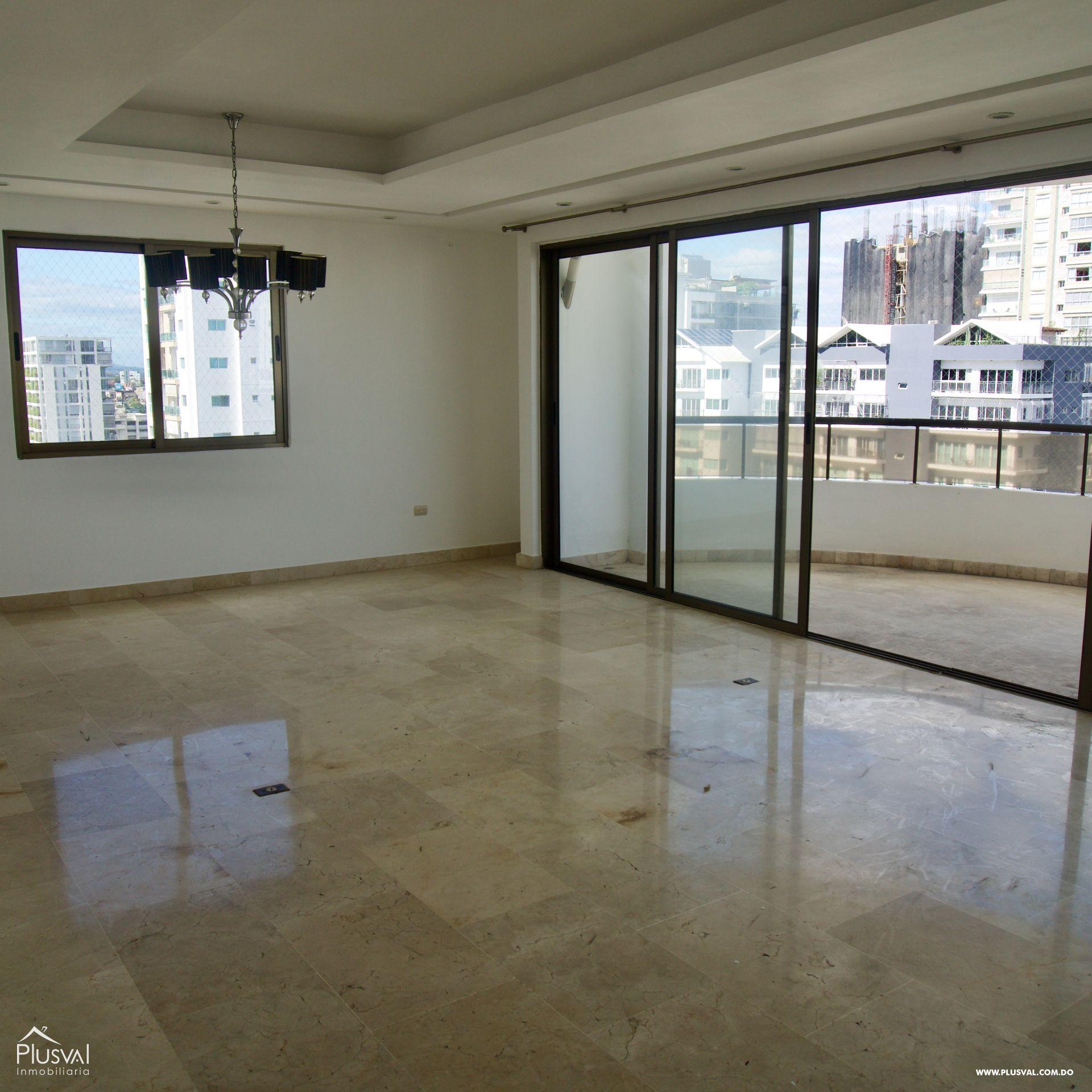 Apartamento en alquiler, línea blanca en Piantini