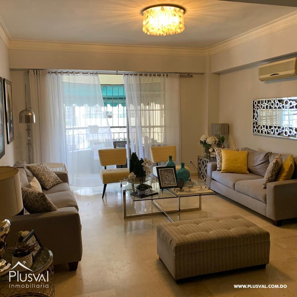 Apartamento amplio en venta, Serralles