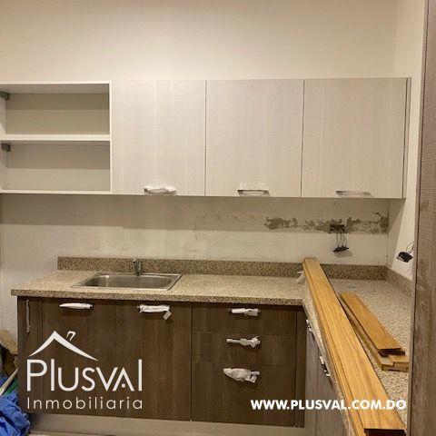 Locales en alquiler en Piantini , para oficinas y /O tienda 155500