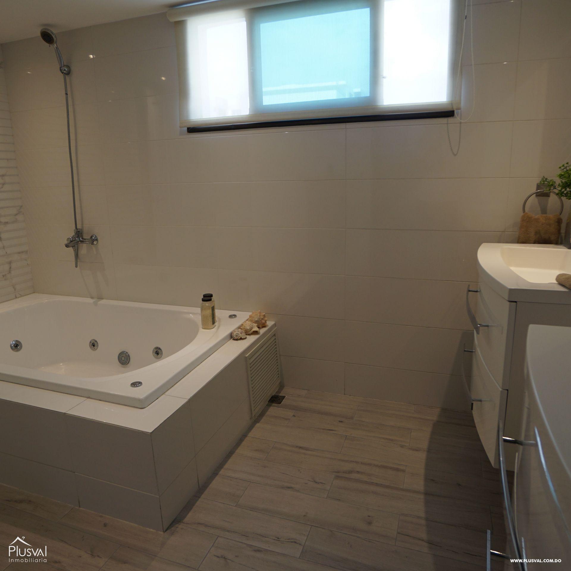 Lujoso apartamento en VENTA en Zona Residencial de NACO 182970