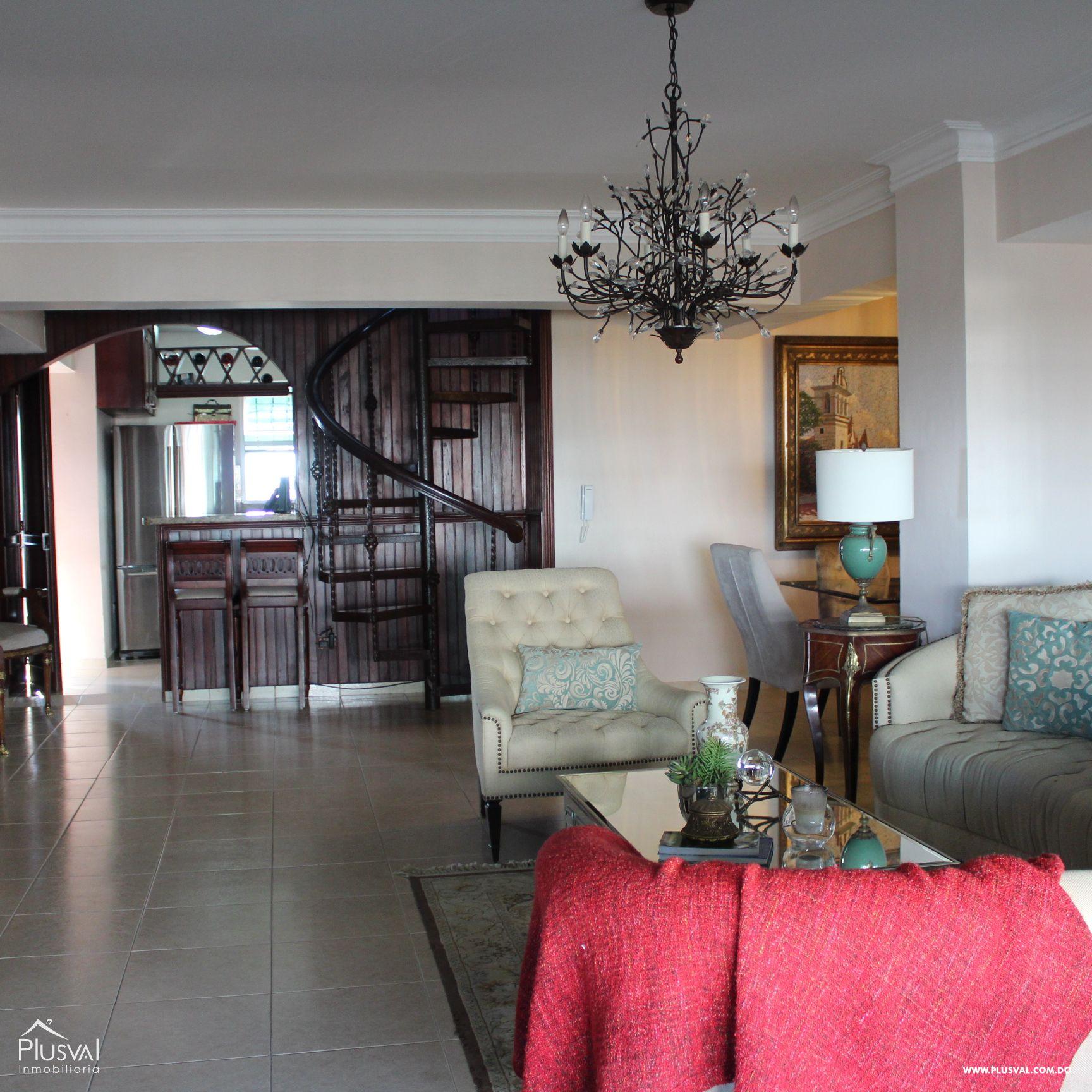 Hermoso Apartamento tipo PH en Venta en Evaristo Morales! 157292