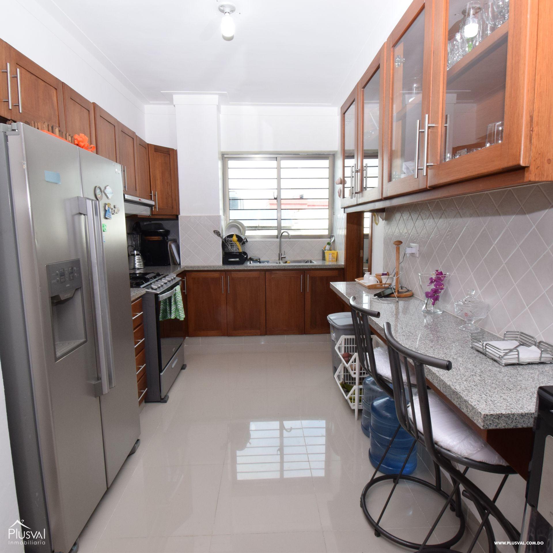 Apartamento en alquiler amueblado en Bella Vista