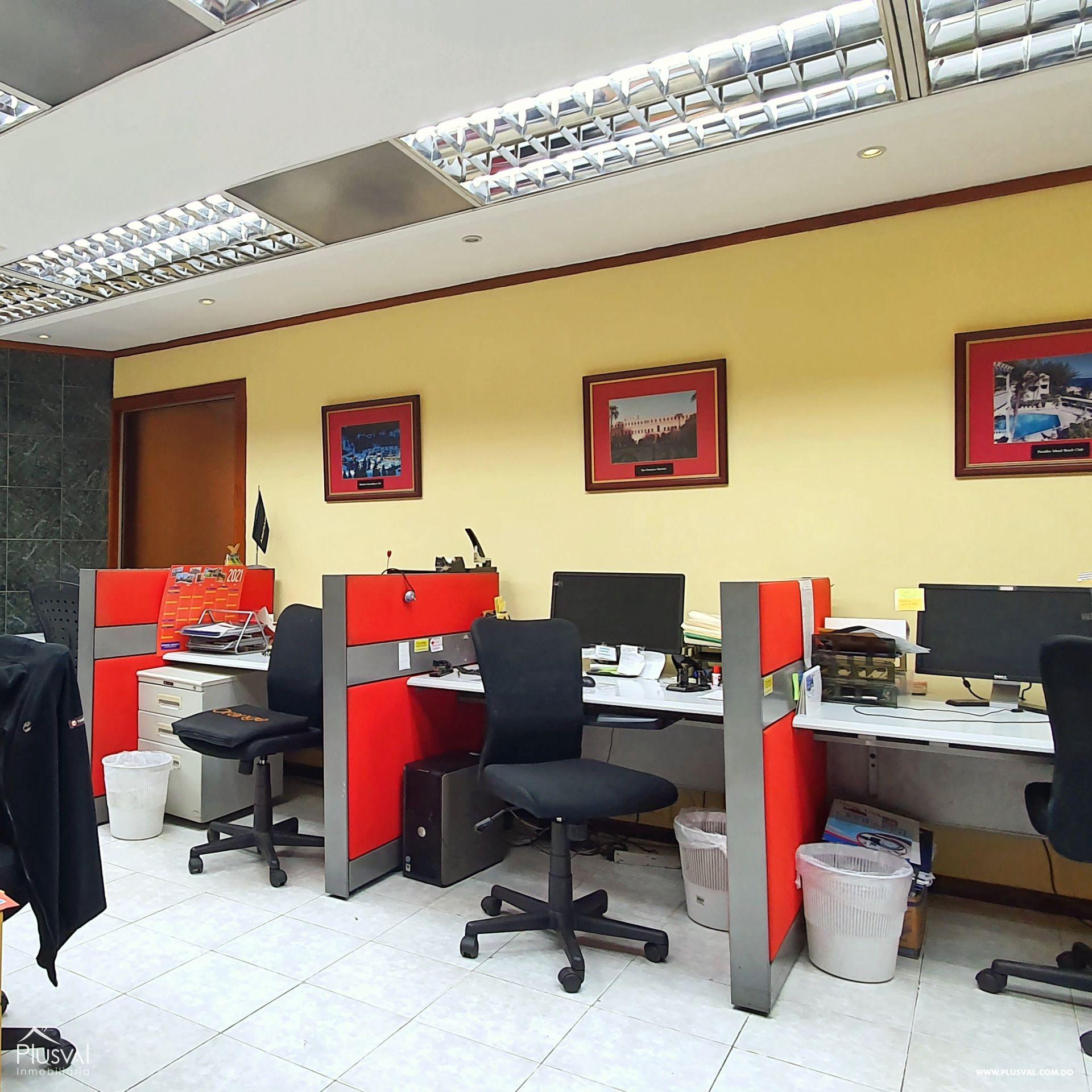 Alquiler edificio comercial 2 pisos en excelente zona Gazcue 165949