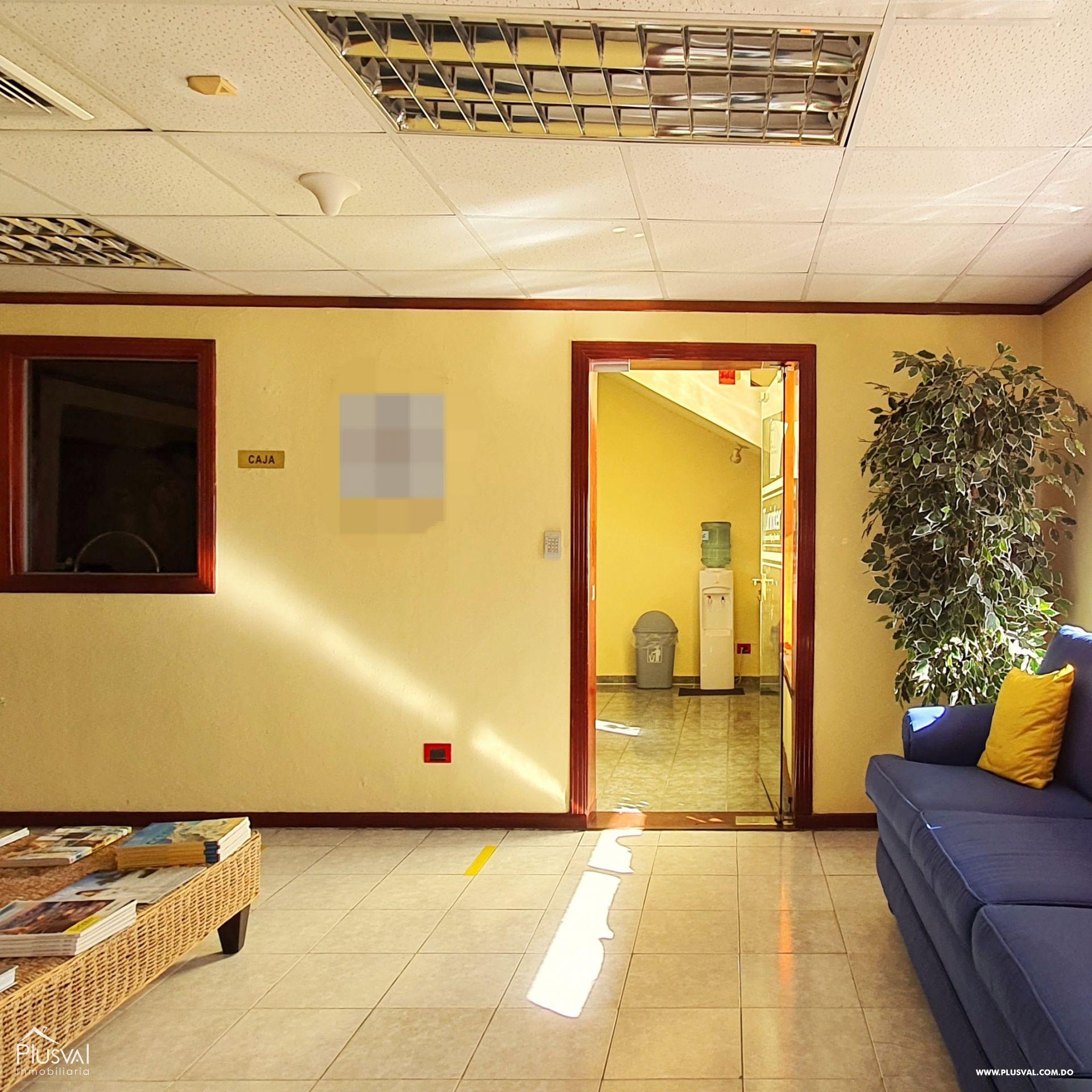 Alquiler edificio comercial 2 pisos en excelente zona Gazcue 165933