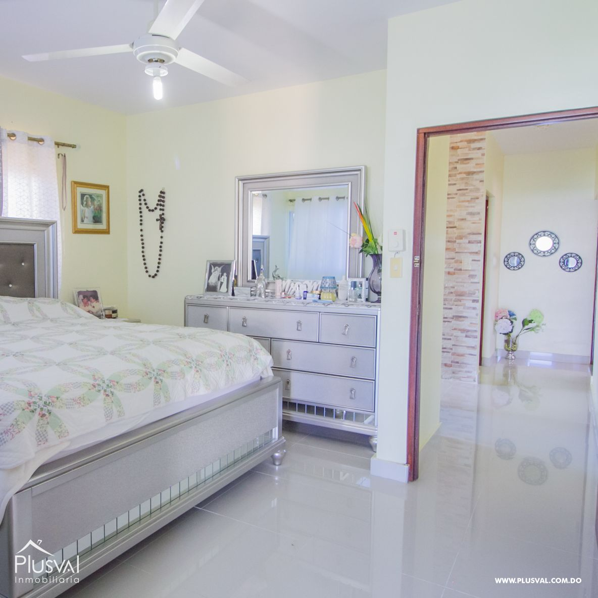 Casa con amplio terreno en Paraiso 168963