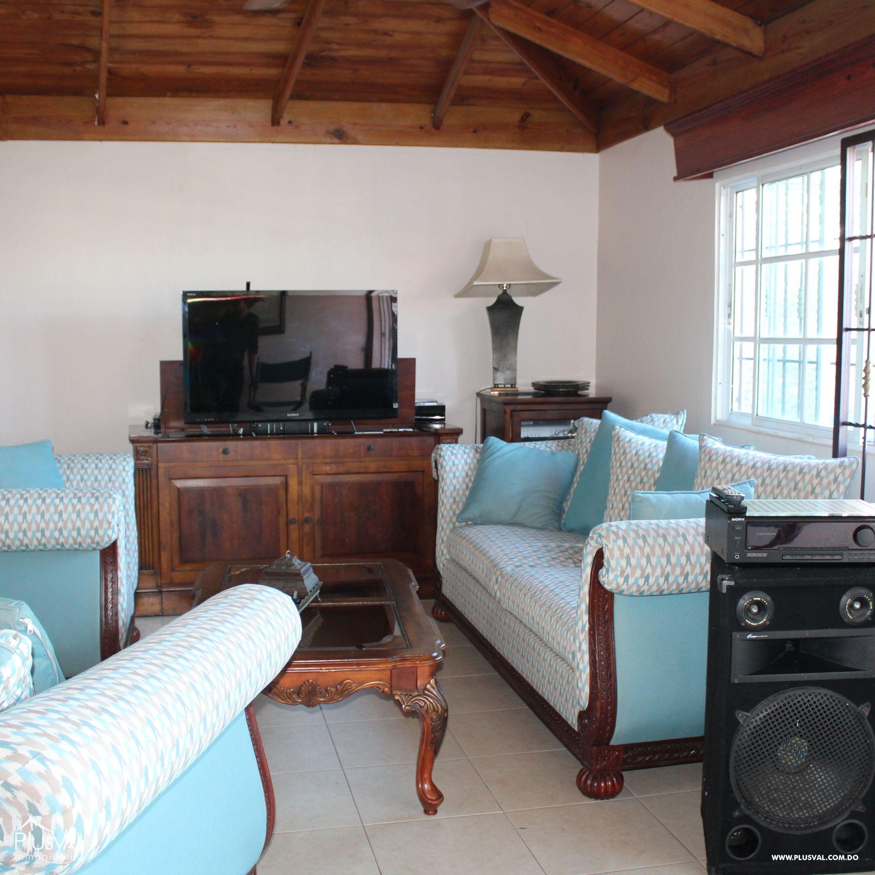 Hermoso Apartamento tipo PH en Venta en Evaristo Morales! 157291