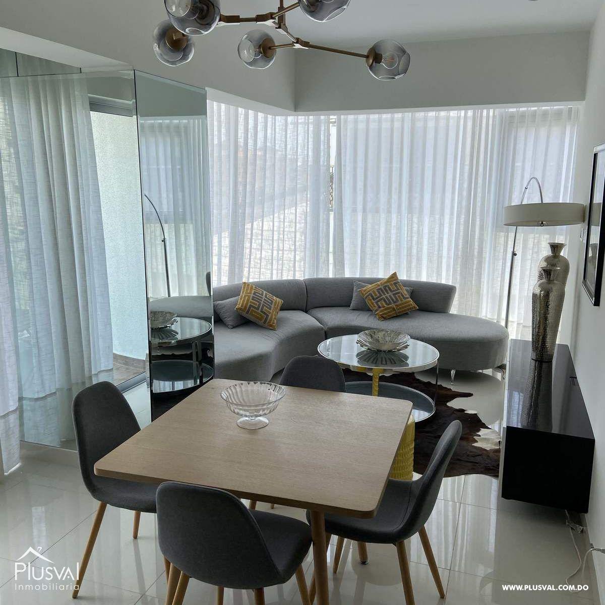 Apartamento Amueblado de lujo, Excelente Vista, En Piantini,