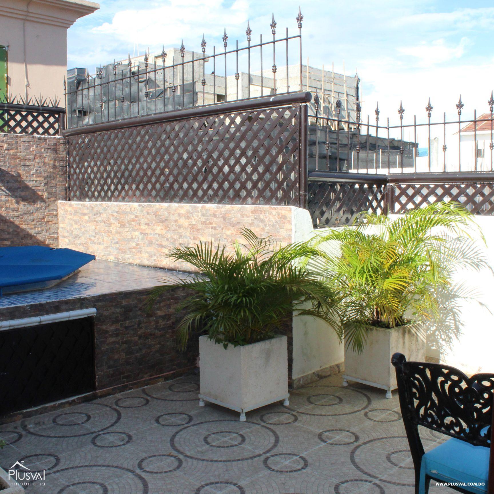 Hermoso Apartamento tipo PH en Venta en Evaristo Morales! 157294