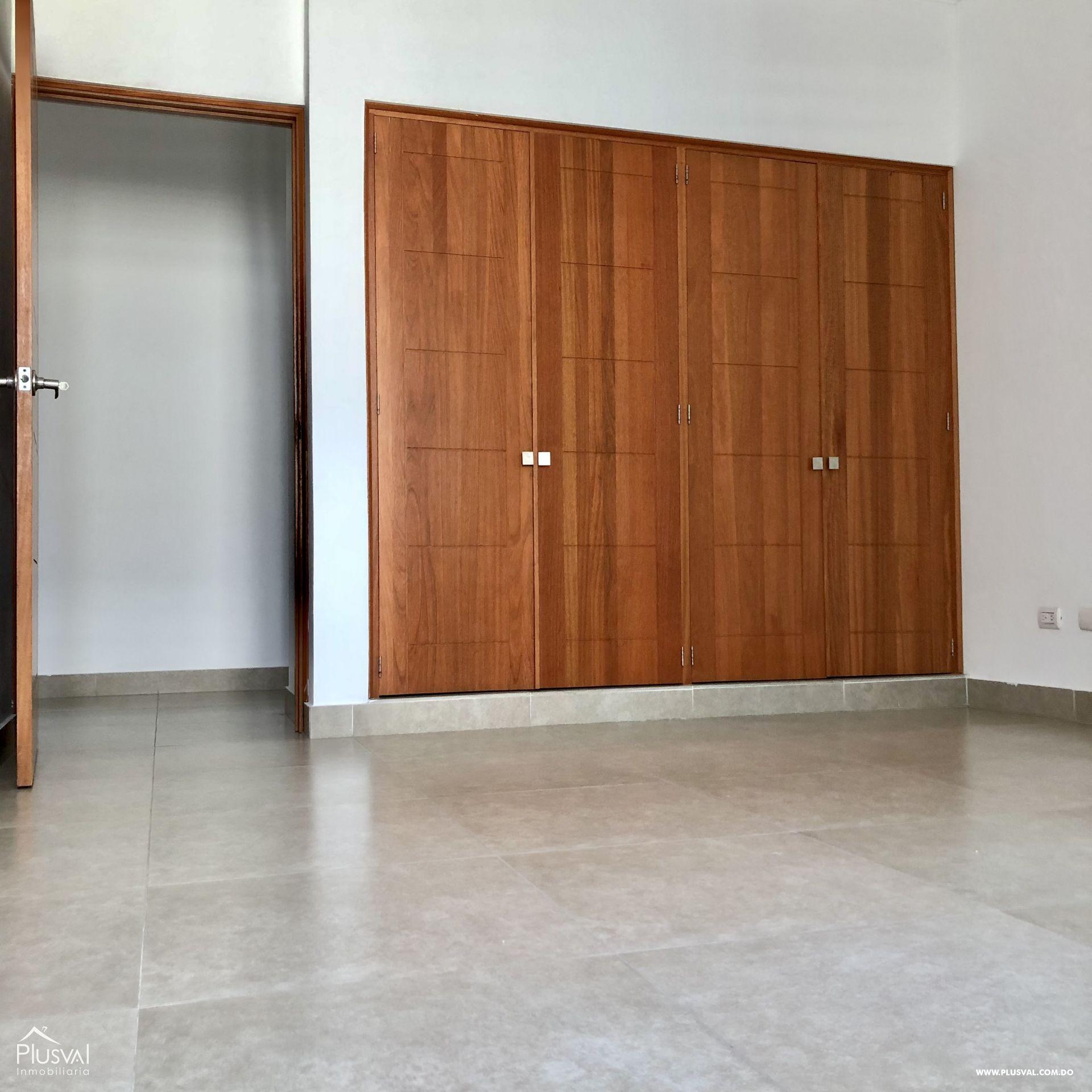 Apartamento 3 habitaciones en excelente zona en Evaristo Morales 159408