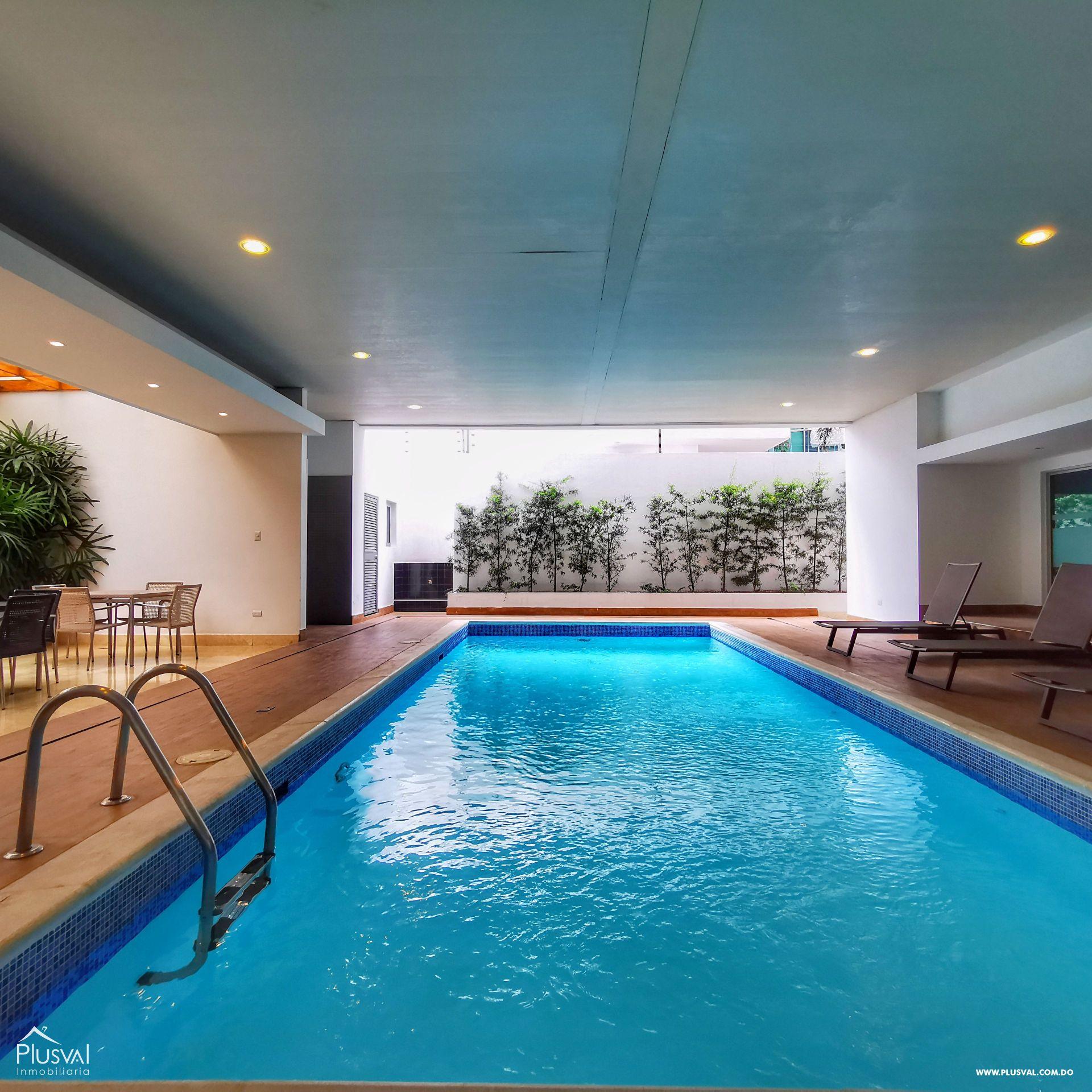 Alquiler Apartamento de Lujo en Piantini con Línea Blanca- 245 mts2 con Lobby, Piscina, Gym, spa