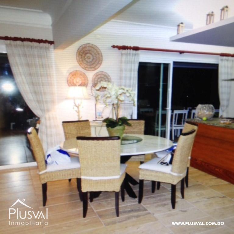 Amplio y luminoso apartamento, excelente ubicación en primera linea de playa con terraza y jacuzzi 176045