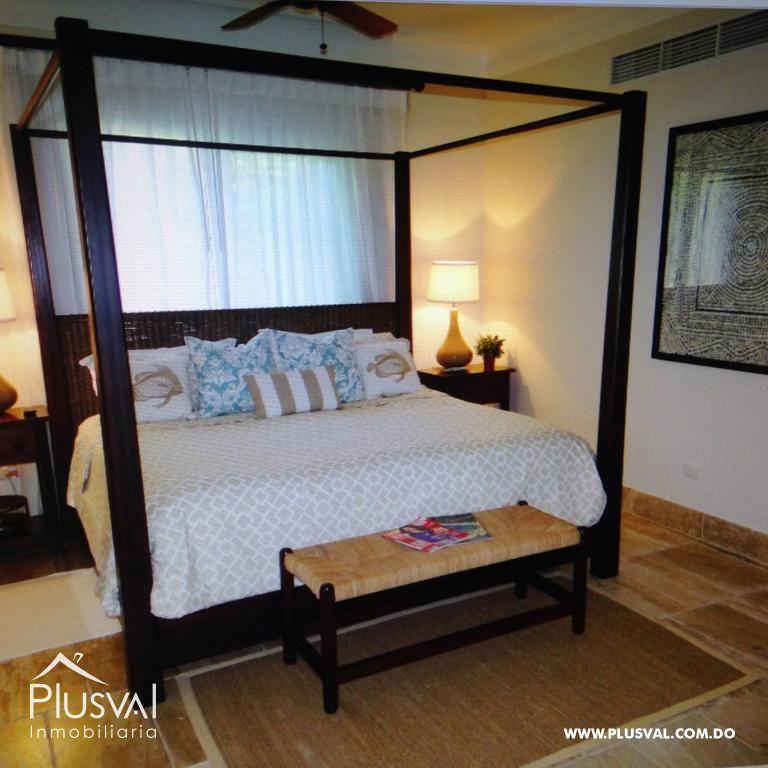 Amplio y luminoso apartamento, excelente ubicación en primera linea de playa con terraza y jacuzzi 176046