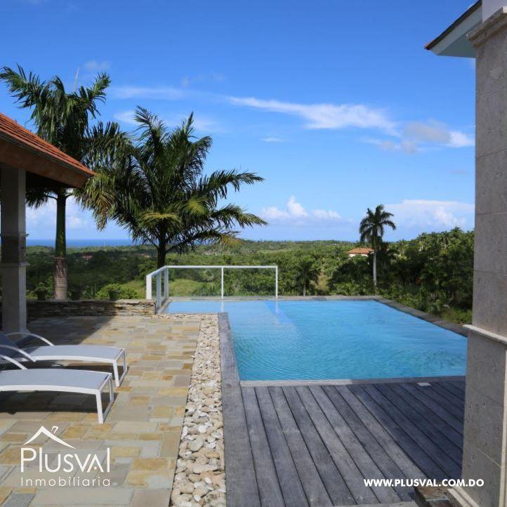 Hermosa residencia privada con vista al mar 172240