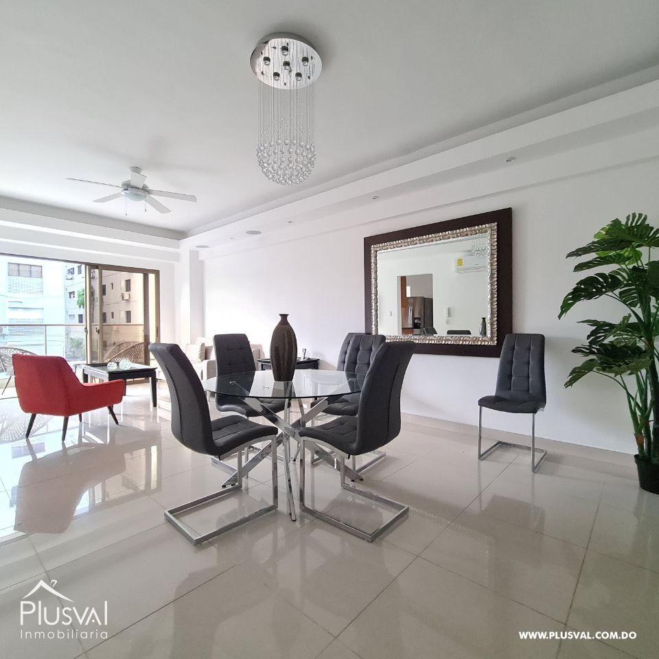 Apartamento de 2 habitaciones en alquiler, Piantini.