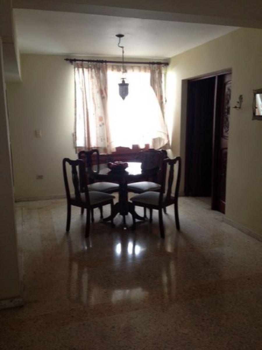 Apartamento en alquiler bella vista 4to piso amueblado for Pisos alquiler bellavista