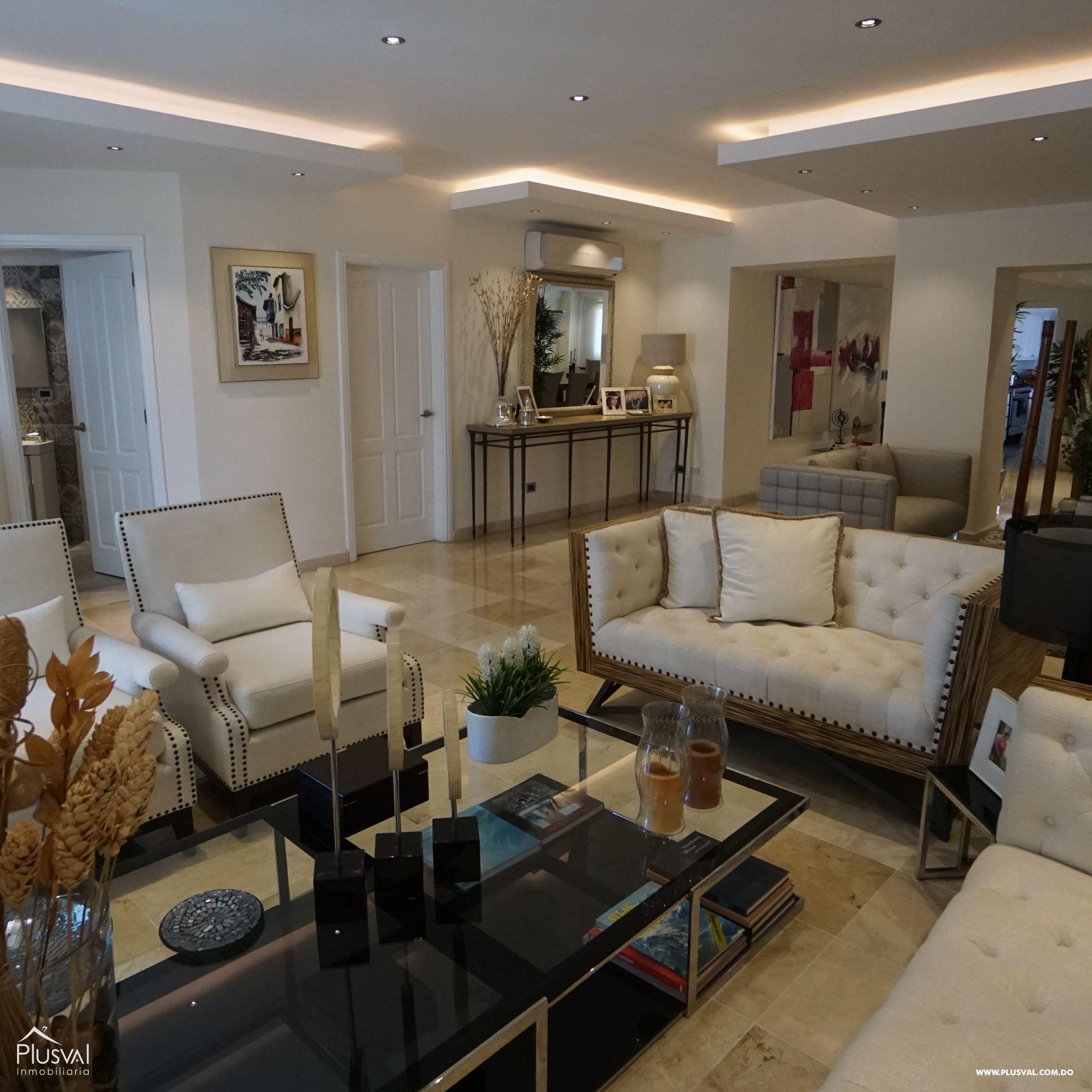 Lujoso apartamento en VENTA en Zona Residencial de NACO