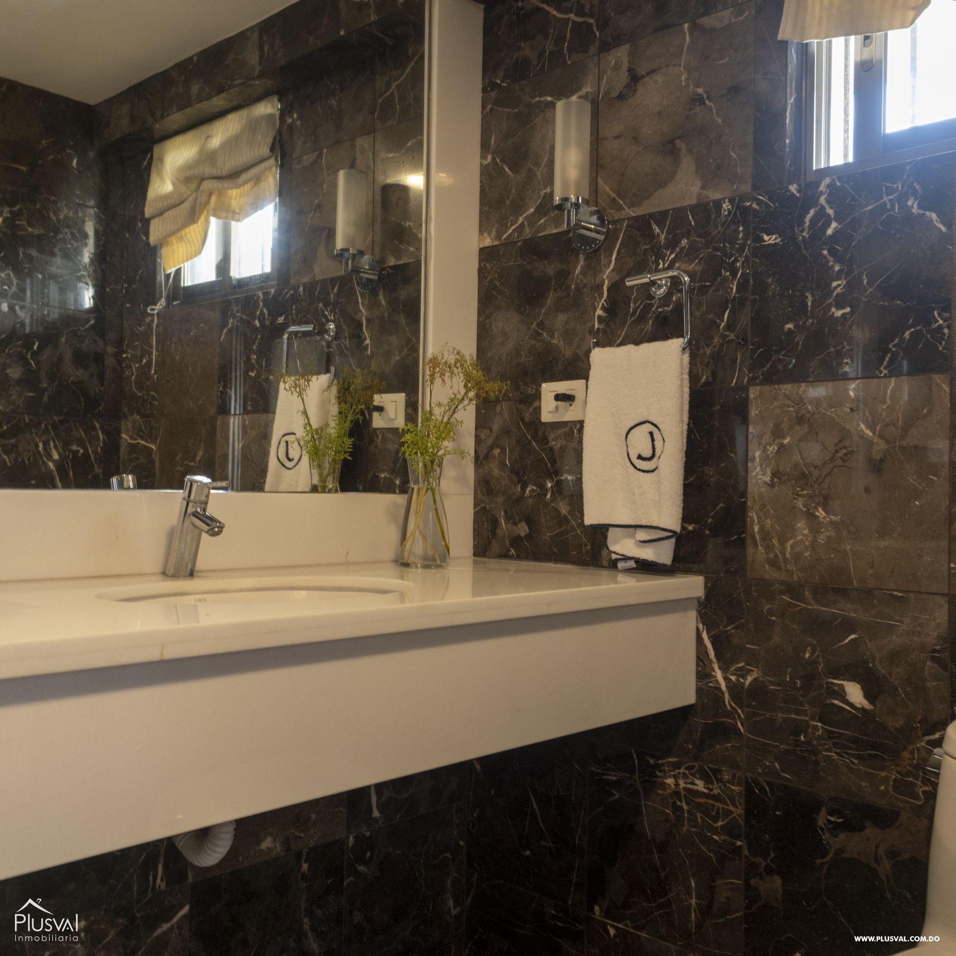 Penthouse en Venta en Naco con 8 parqueos 155363