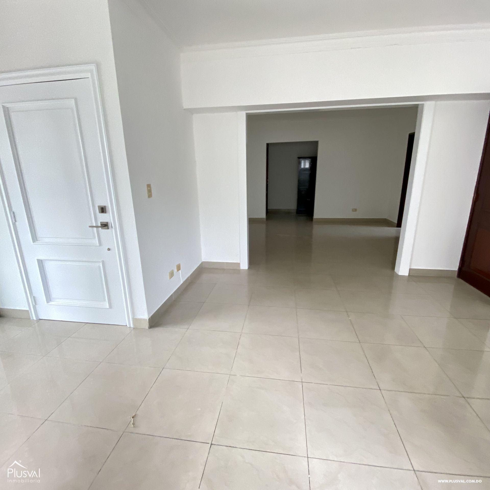 Amplio apartamento en alquiler en Piantini 188350