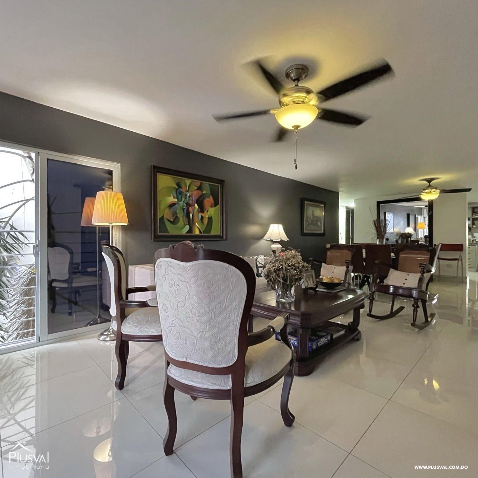 Apartamento Moderno con Terraza con Excelente Localización en Arroyo Hondo 188884