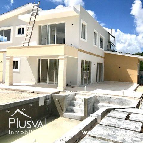 Casa en venta, en Puntacana Village de excelente distribución 157621