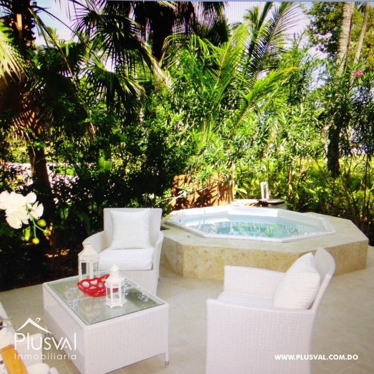 Amplio y luminoso apartamento, excelente ubicación en primera linea de playa con terraza y jacuzzi 176034