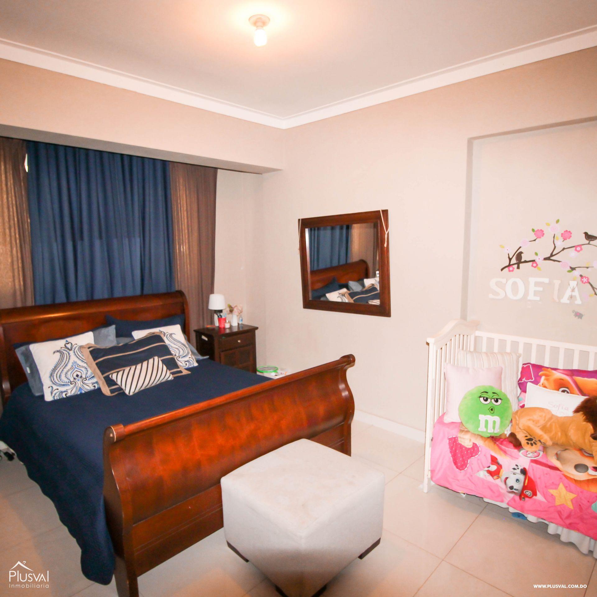 Apartamento en Venta con Terraza en Naco 157353