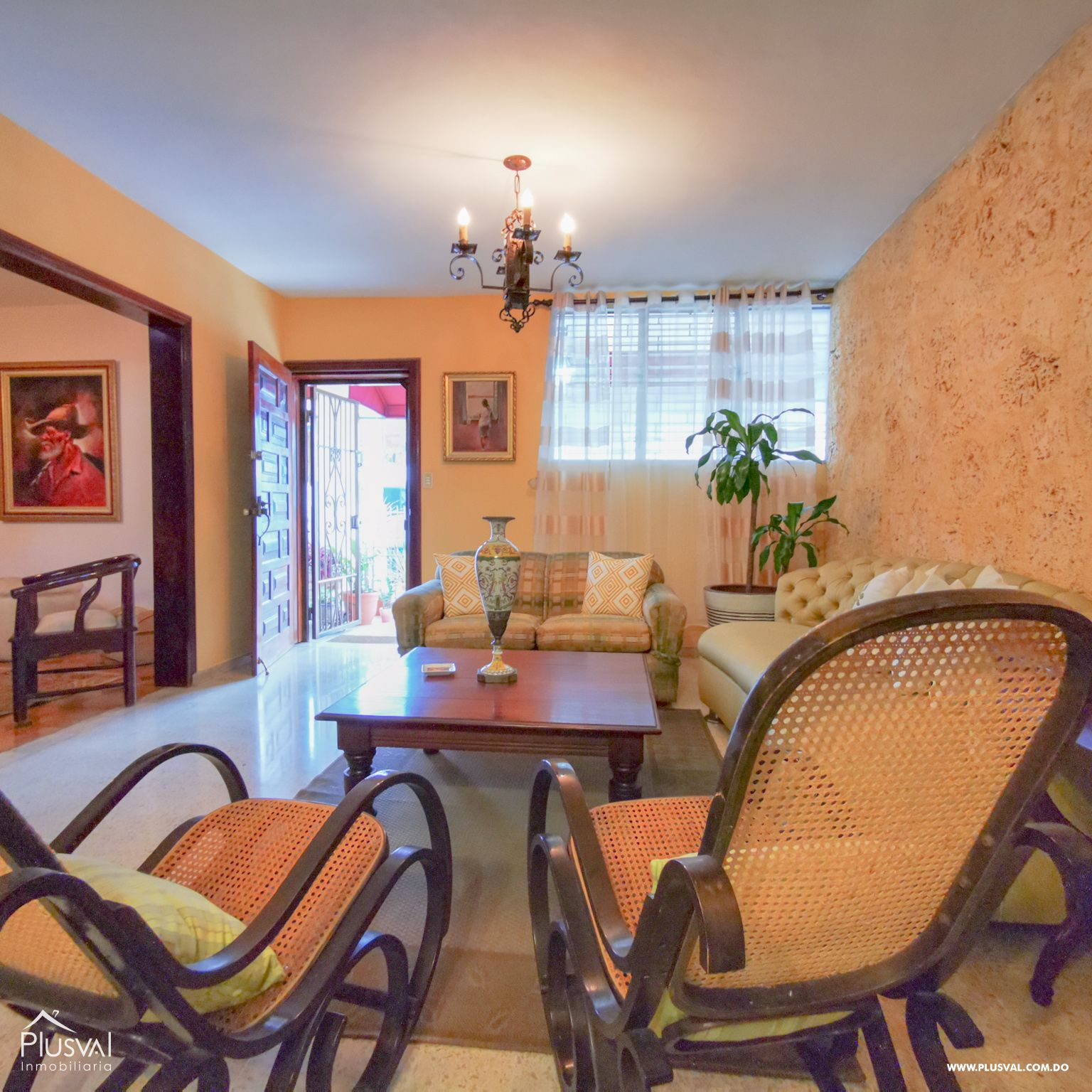 Casa-Terreno 500 mts2 Ideal para Plaza o Local Comercial en Los Prados 179165
