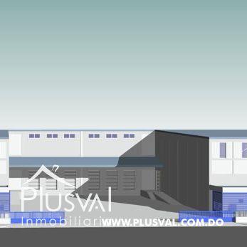 Gran Nave Industrial en Alquiler, Próximo Autopista Duarte
