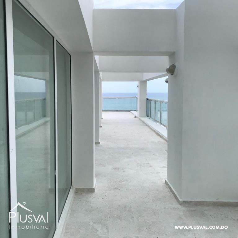 Moderno Penthouse, primera linea de playa en Juan Dolio con capacidad para 14 personas y amplia terraza. 168405