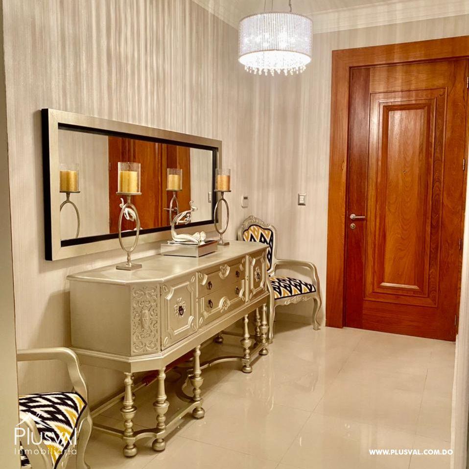 Amplio apartamento, en zona exclusiva de Santiago 172178