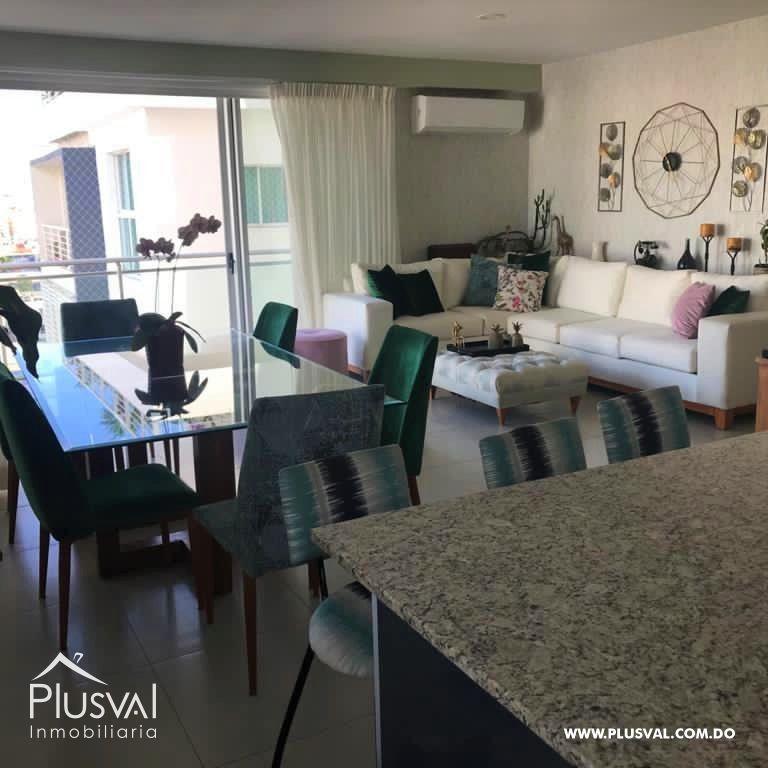 Apartamento en alquiler con LINEA BLANCA en Evaristo Morales 178000