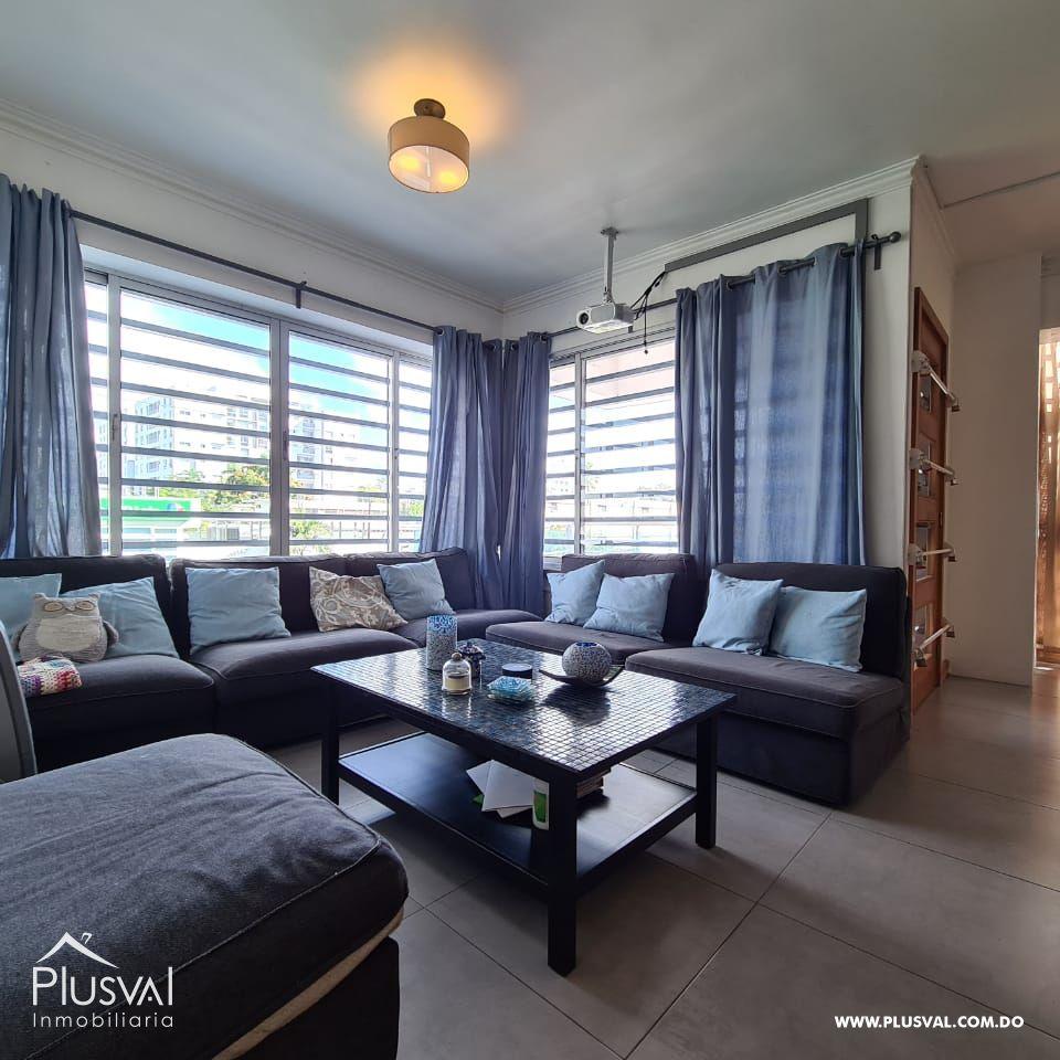 Amplio apartamento amueblado en alquiler, Gazcue